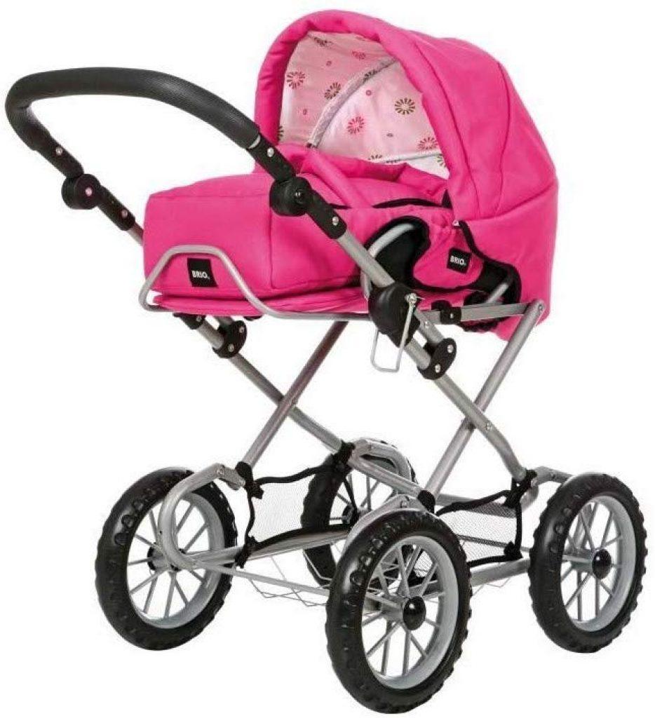 Der Puppenwagen Brio ist auch ein Tragesitz für Babys.