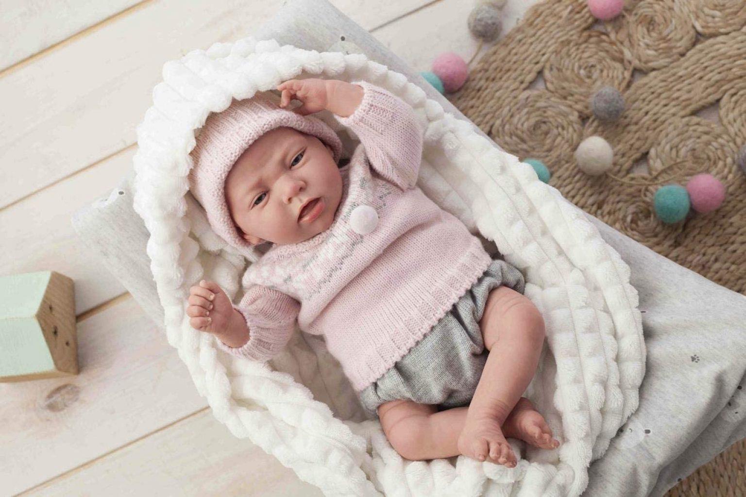 Diese reborn Puppe Arias heißt Nieves.